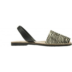 Ria - Mini Cebra